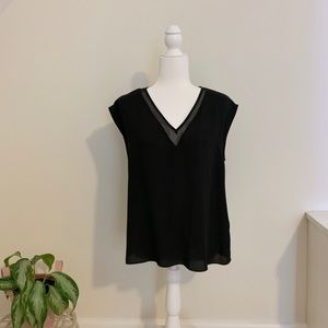 Express Black v-Neck Short Sleeved Blouse sz M